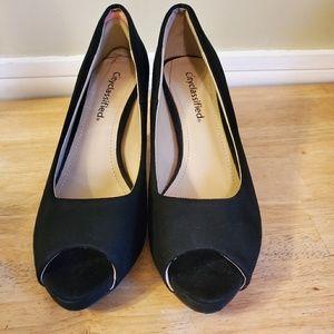 Cityclassified Womans open toe Heels